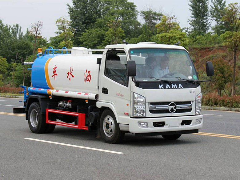凯马5吨绿化洒水车
